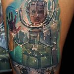 Tyler Malek stranger things geek peau best of tattoo